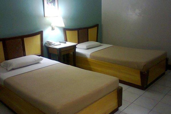 Cebu Business Hotel - фото 9