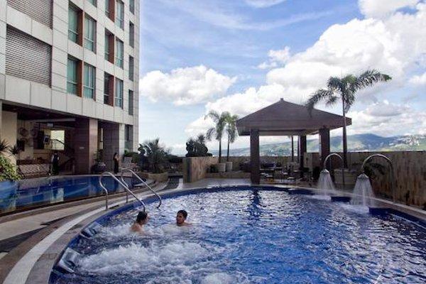 Crown Regency Hotel & Towers - фото 19
