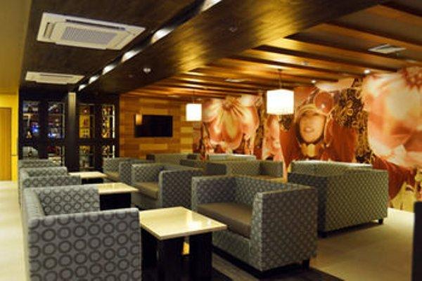Grand Regal Hotel Davao - фото 7