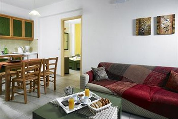 Erivolos Studios & Apartments - 4