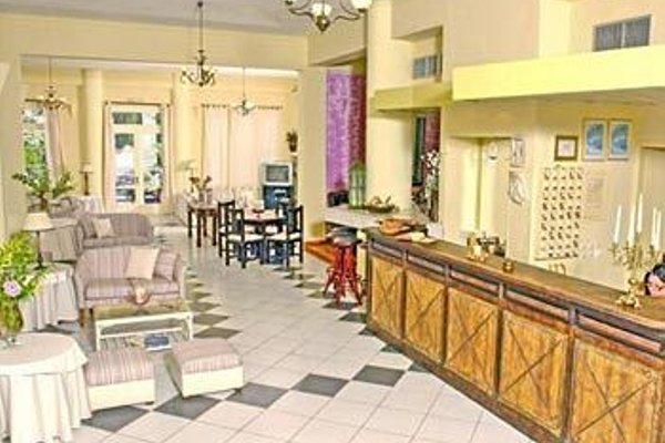 Clara Hotel - фото 13