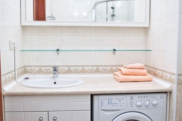 First Choice Apartments - 16