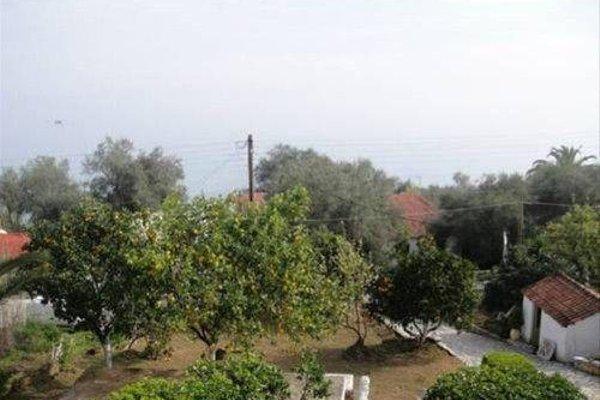 Athina Apartments - фото 12