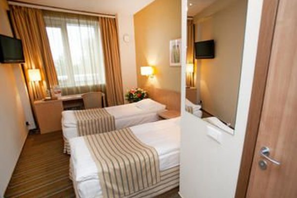 Гостиница «Скайпорт» - фото 3