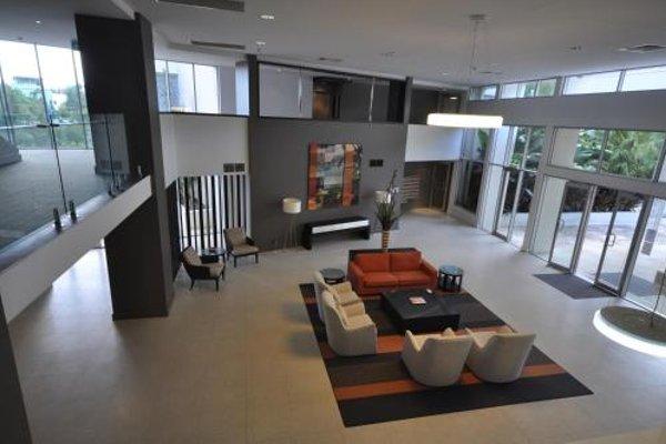 Chancellor Lakeside Apartments - фото 7