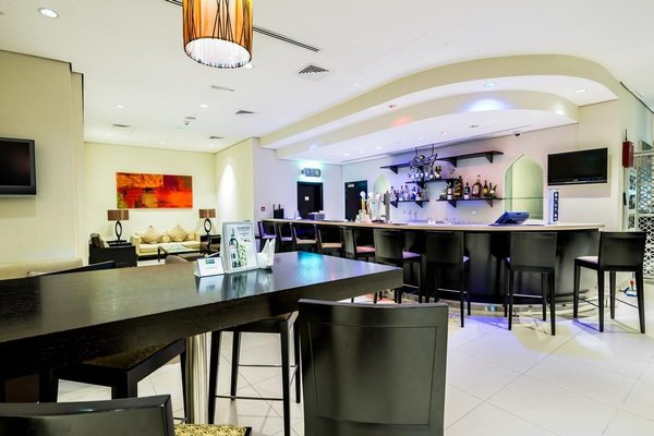 Holiday Inn Express Dubai Internet City - фото 10