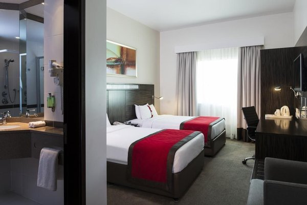 Holiday Inn Express Dubai Internet City - фото 4