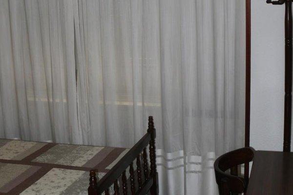 Hostal Navasfrias - фото 5