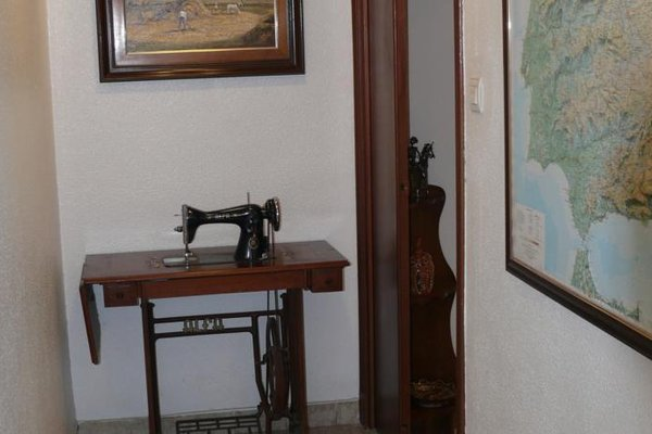 Hostal Navasfrias - фото 6
