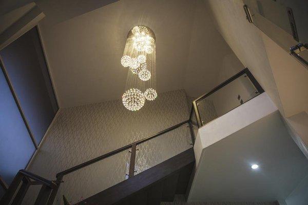 Hotel Platino Expo - фото 16