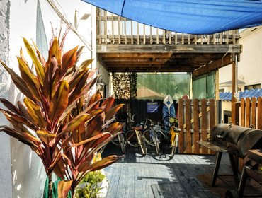 Хостел Hollywood Beach Suites, Hostel and Hotel