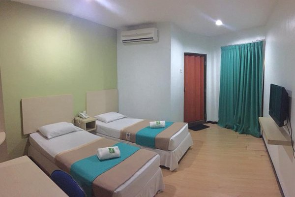 J Hotel Alor Setar - фото 4