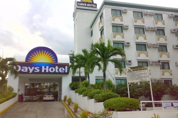 Days Hotel Mactan Cebu - 21