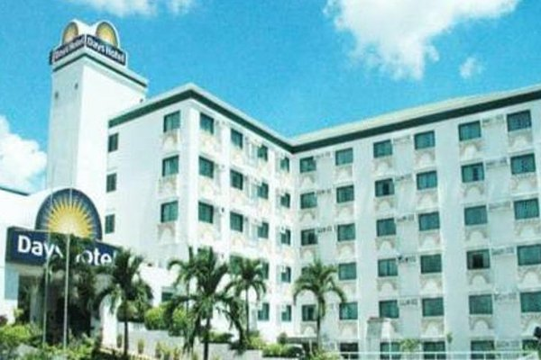 Days Hotel Mactan Cebu - 22