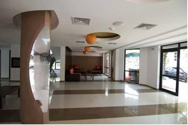 Salena Plaza Hotel - фото 11