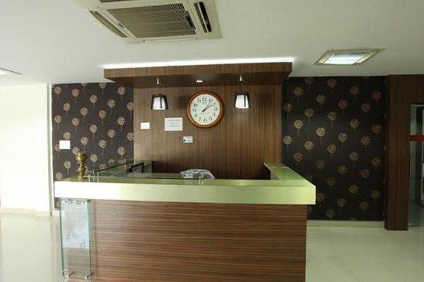 NGH Transit Hotel - фото 20