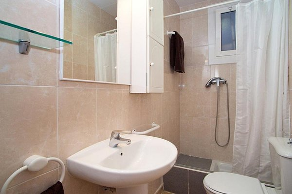 Apartment Gracia Torrijos - 4
