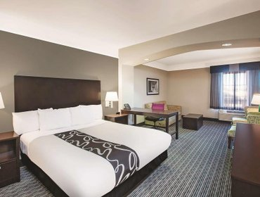 Апартаменты La Quinta Inn & Suites Beaumont West