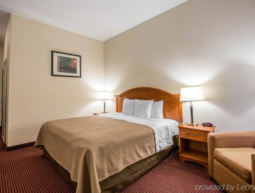 Апартаменты Econo Lodge Inn & Suites Beaumont