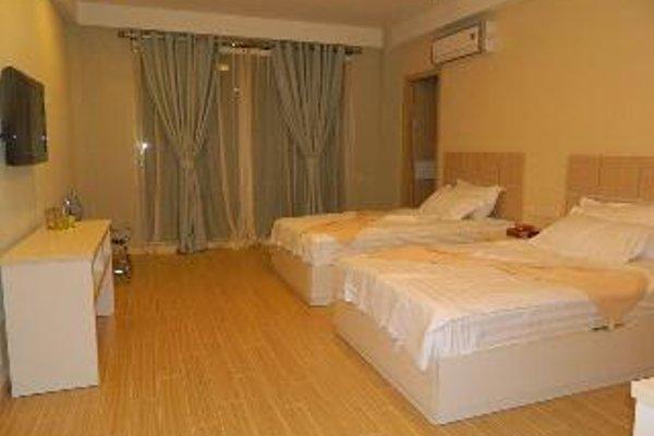 Legacy Hotel - фото 3
