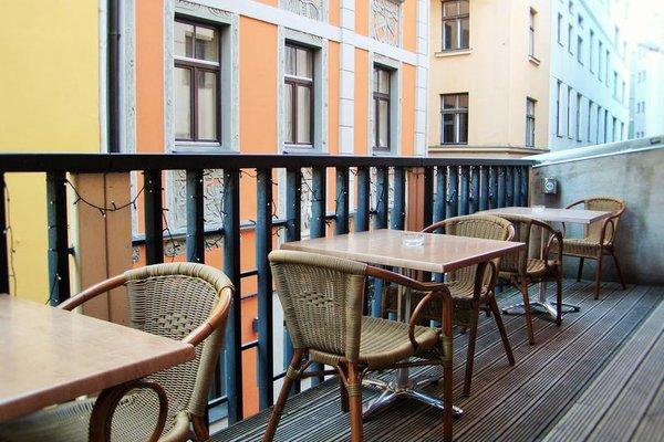 Seagulls Garret Hostel - фото 19