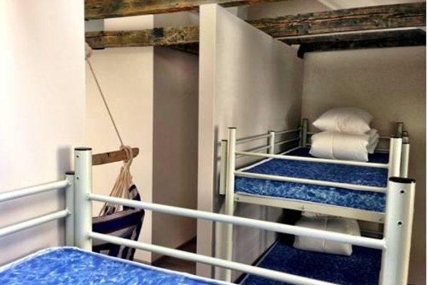Seagulls Garret Hostel - фото 7