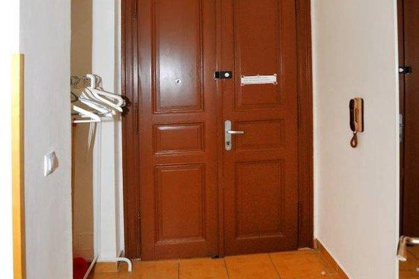 Apartment Vinohrady - фото 13