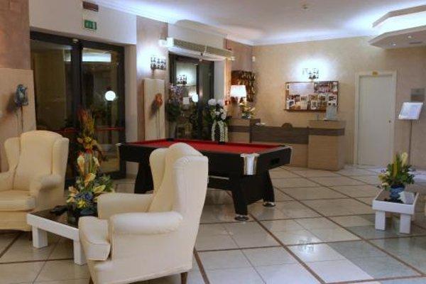 Hotel Busignani - фото 17