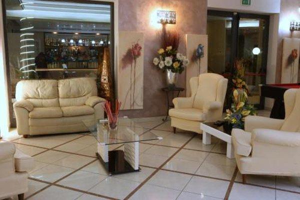 Hotel Busignani - фото 6