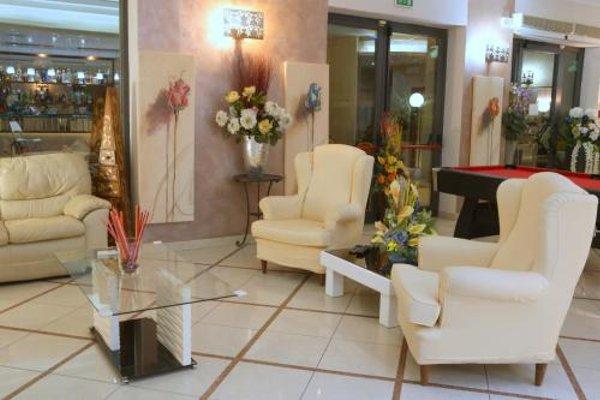 Hotel Busignani - фото 7