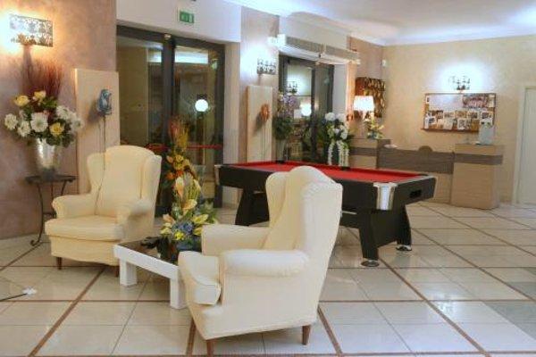 Hotel Busignani - фото 8
