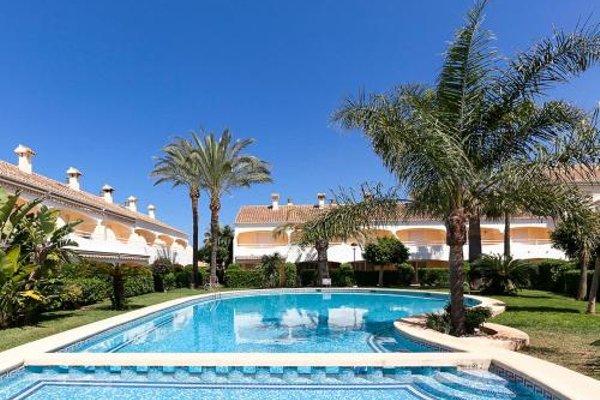 Holiday Home Urb La Esmeralda.1 - фото 3