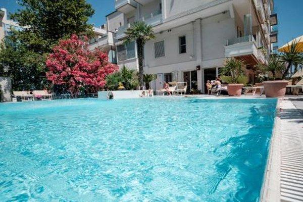SI Rimini Hotel - фото 50