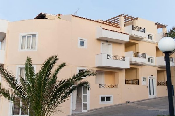 Castello Apartments - фото 22