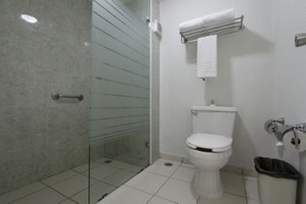 Quinta Dorada Hotel & Suites - фото 8