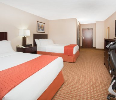 โรงแรม Holiday Inn Riverside Minot