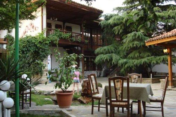 Chakarova Guest House - фото 19