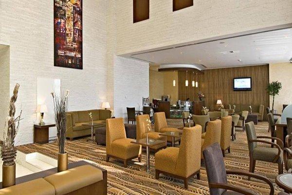 Flora Creek Deluxe Hotel Apartments - фото 6