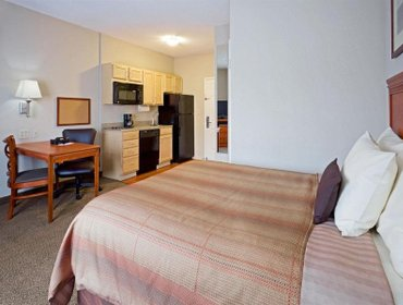 Апартаменты Candlewood Suites Bordentown-Trenton