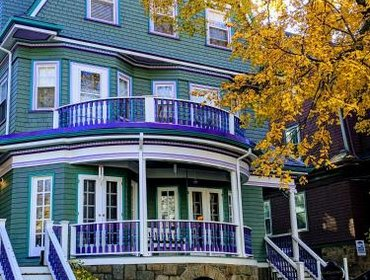 Гестхаус The Coolidge Corner Guest House: A Brookline Bed and Breakfast