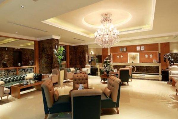 Al Khaleej Palace - 5