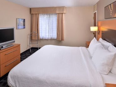 Апартаменты TownePlace Suites Detroit Warren