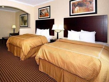 Апартаменты Comfort Suites Baytown