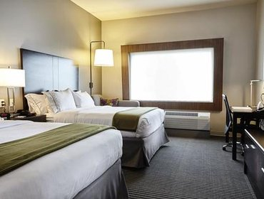 Апартаменты Holiday Inn Express and Suites Tahlequah