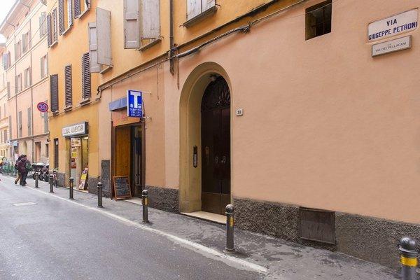 Appartamento Via Petroni - фото 5