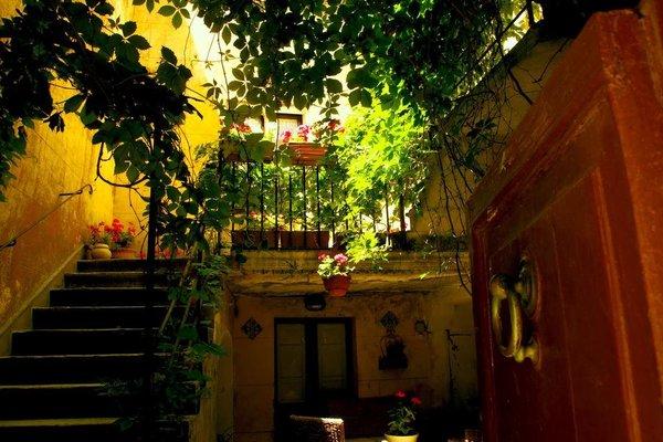 Erice Villa Terrace and Balcony - фото 5