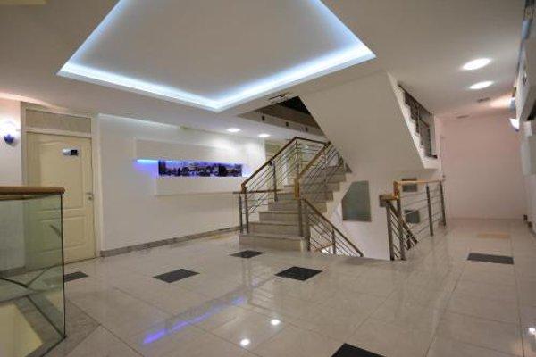 Hotel Hecco - 5