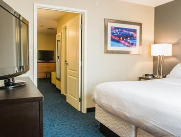 Апартаменты Holiday Inn Express & Suites JACKSON