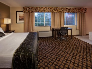 Гестхаус Red Lion Inn & Suites Kent - Seattle Area