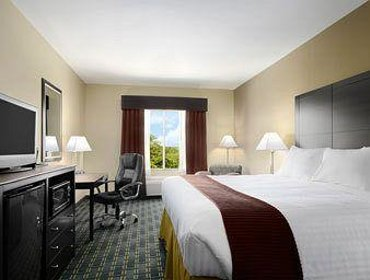 Апартаменты Days Inn & Suites Mineral Wells